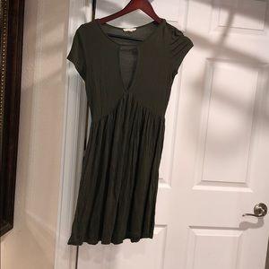 Olive keyhole dress